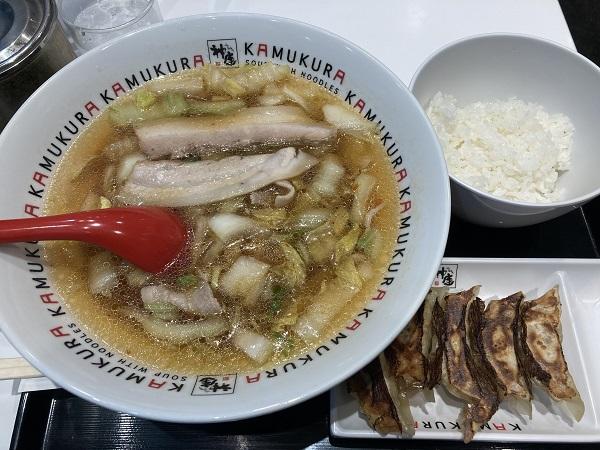 神座ラーメン」新大阪店 おいしいラーメン